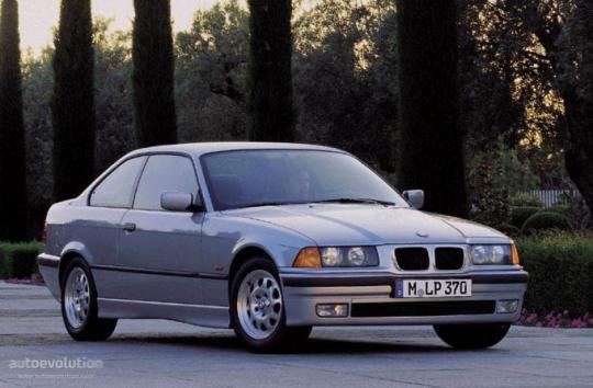 1992 BMW 3-Series Photo 1
