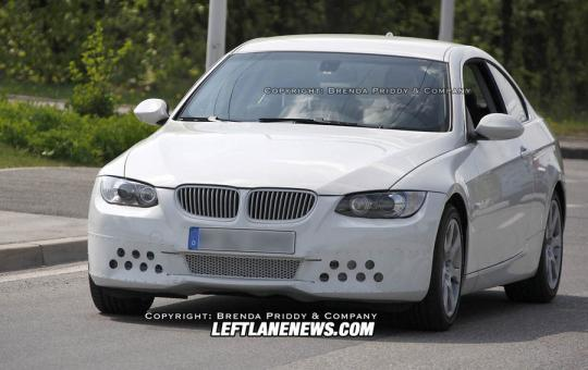 2010 BMW 3-Series Photo 1