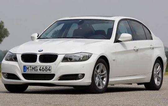 2011 BMW 3-Series Photo 1