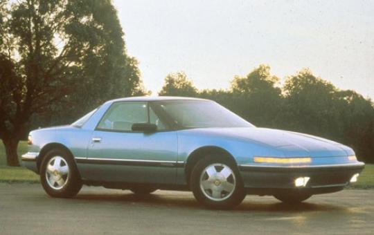 1990 Buick Reatta exterior