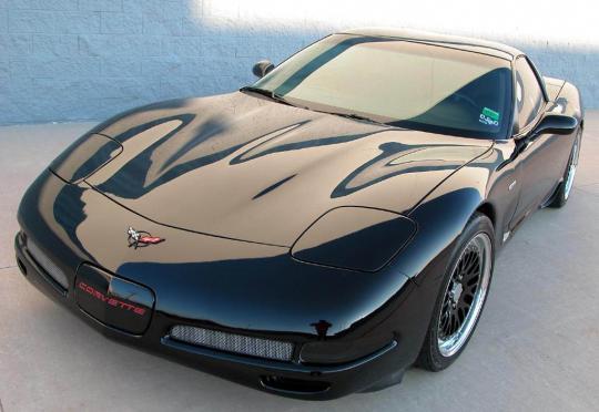 2002 Chevrolet Corvette Photo 1