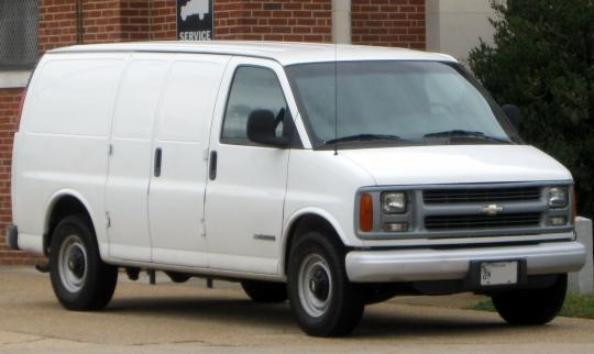 2010 Chevrolet Express Photo 1