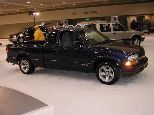 2002 Chevrolet S-10 - VIN: 1GCDT13W82k117203 - AutoDetective.com