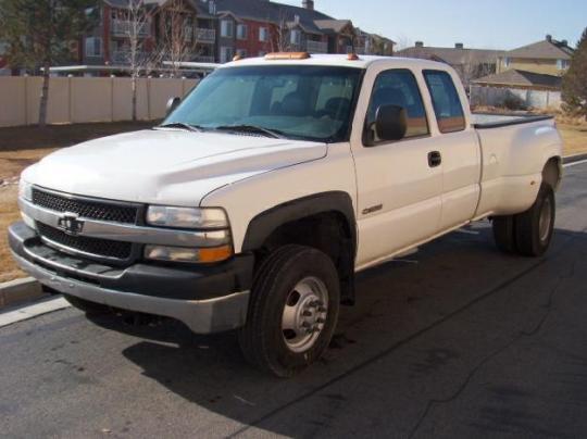 2001 Chevrolet Silverado 3500 Photo 1