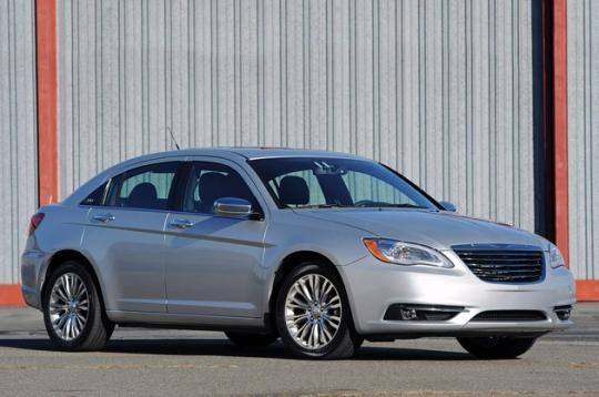 2011 Chrysler 200 Photo 1