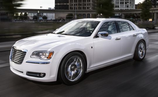 2013 Chrysler 300 Photo 1