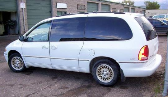 1997 Chrysler Town And Country - Vin  1c4gt64l5vb256238