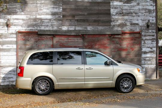 2011 Chrysler Town And Country Vin 2a4rr8dg4br612286