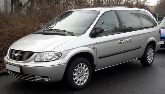 2002 Chrysler Voyager Photo 1