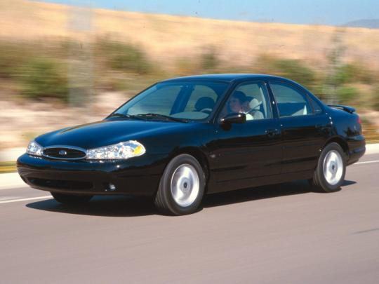 1995 Ford Contour Photo 1