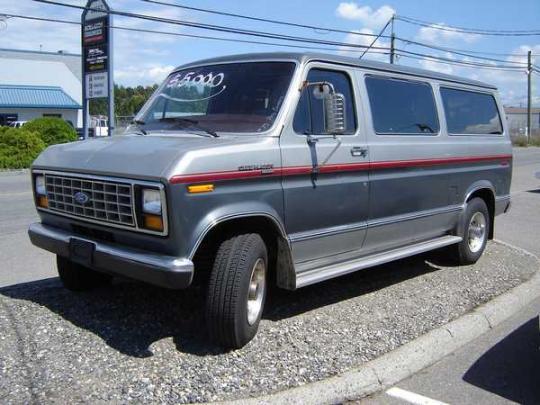 1990 Ford Econoline Photo 1