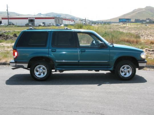 1998 Ford Explorer - VIN: 1FMYU24E4WUB80444 ...