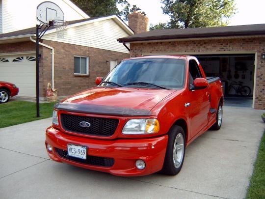2000 Ford F 150 SVT Lightning VIN 2FTZF0732YCA94750