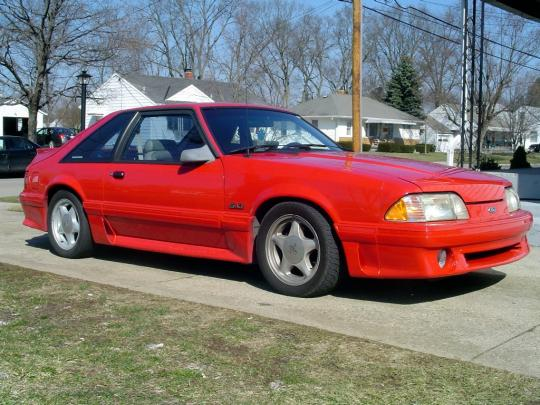 1992 Ford Mustang Photo 1