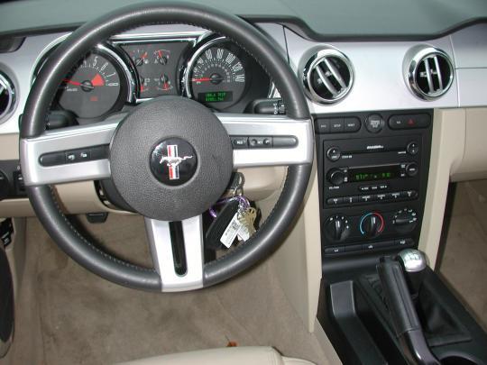 2006 ford mustang vin 1zvht84nx65248683 autodetective com rh autodetective com 2006 mustang manual rack 2006 mustang manual