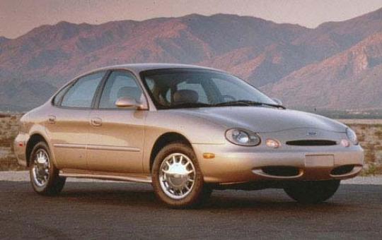 1997 Ford Taurus exterior