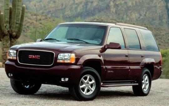 2000 GMC Yukon Denali exterior