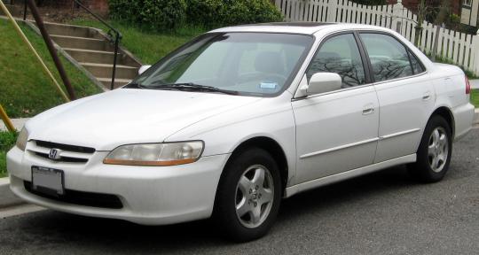 1998 Honda Accord Photo 1