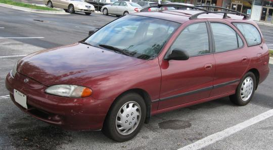 1997 Hyundai Elantra Photo 1