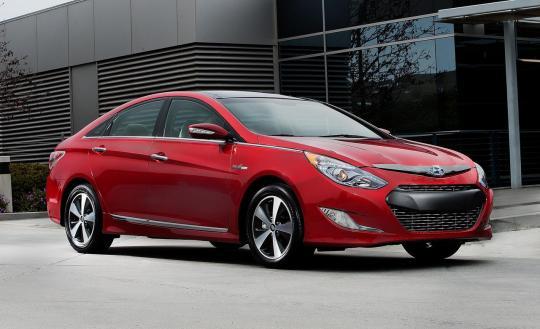 2013 Hyundai Sonata Hybrid Photo 1