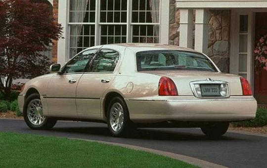 1998 lincoln town car vin 1lnfm82w7wy665563. Black Bedroom Furniture Sets. Home Design Ideas