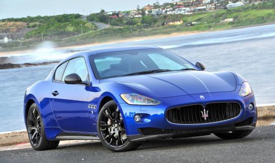 2015 Maserati GranTurismo Photo 1