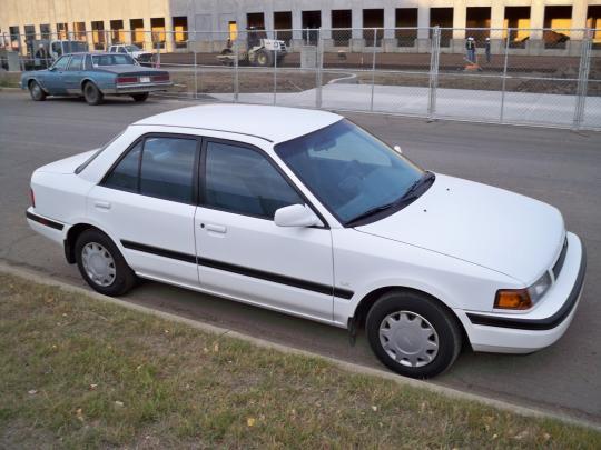 1991 Mazda Protege Photo 1