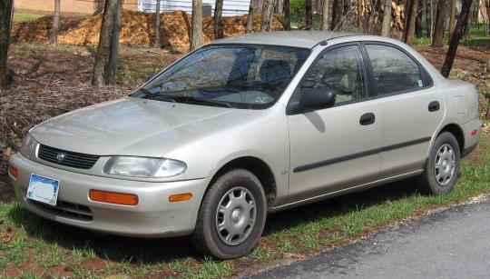 1996 Mazda Protege Photo 1