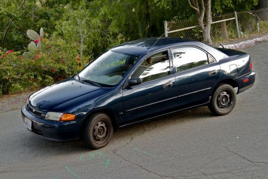 1997 Mazda Protege Photo 1