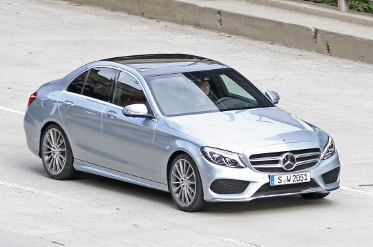 2015 Mercedes-Benz C-Class Photo 1