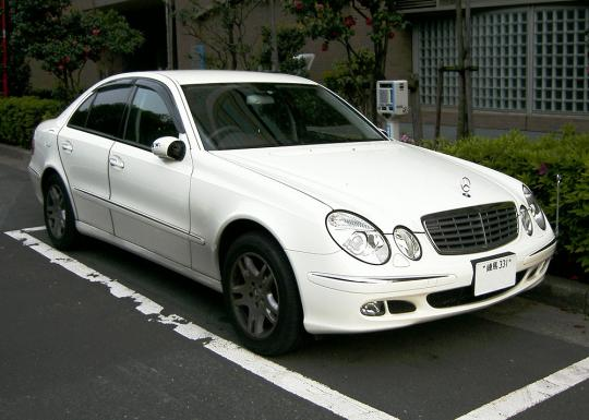 2007 Mercedes-Benz E-Class Photo 1