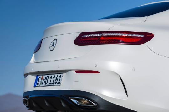 2018 Mercedes-Benz E-Class exterior