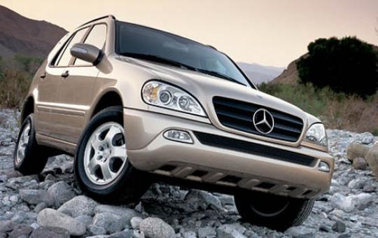 2004 Mercedes-Benz M-Class exterior