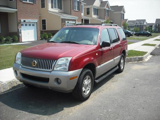 2001 Mercury Mountaineer Photo 1