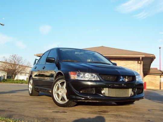 photos videos - Mitsubishi Evolution 2004