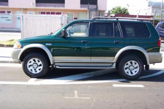 on 2001 Mitsubishi Montero Sport