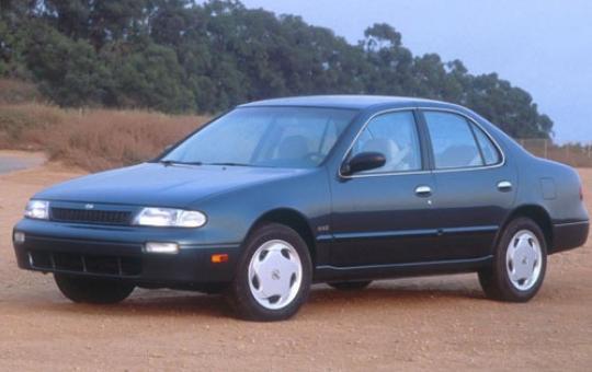 1994 Nissan Altima Photo 1