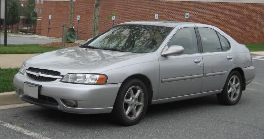 2001 Nissan Altima Photo 1