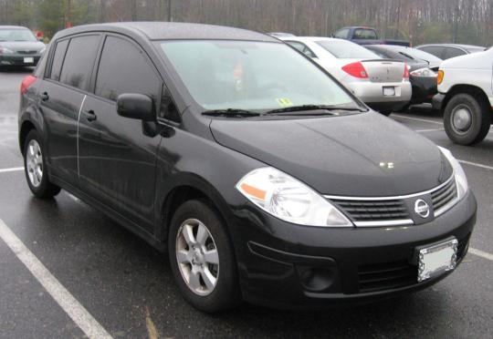 2007 Nissan Versa Photo 1