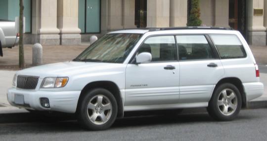 2002 Subaru Forester L Photo 1