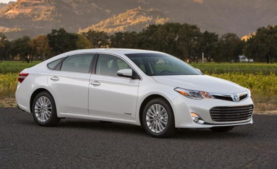2013 Toyota Avalon Hybrid Photo 1