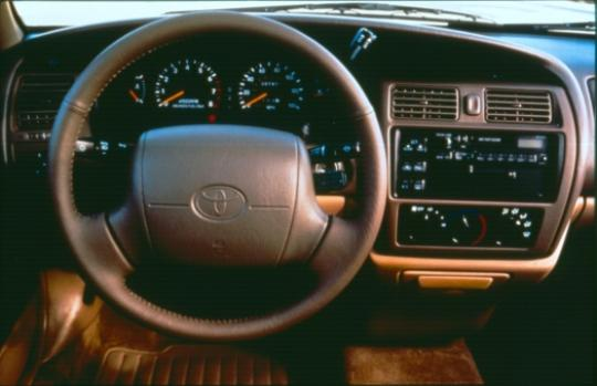 Used All Wheel Drive Cars >> 1995 Toyota Avalon - VIN: 4T1GB11E4SU039822 - AutoDetective.com