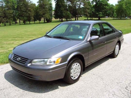 1998 Toyota Camry Photo 1