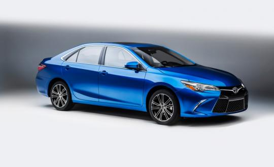 2016 Toyota Camry Photo 1