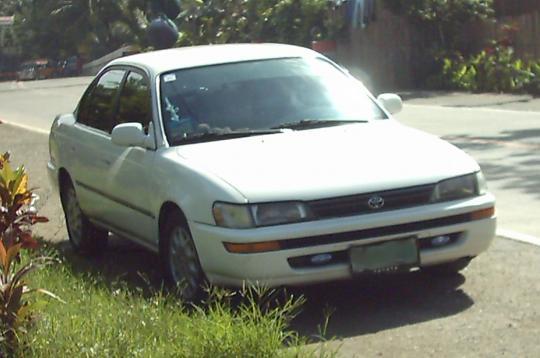 1993 Toyota Corolla Photo 1