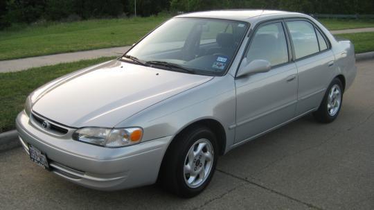 1999 Toyota Corolla Photo 1