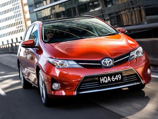 2013 Toyota Corolla Photo 1