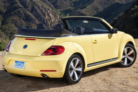 2014 volkswagen beetle convertible vin 3vw517at3em819302. Black Bedroom Furniture Sets. Home Design Ideas