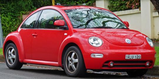 2000 Volkswagen New Beetle Photo 1