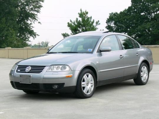 2003 Volkswagen Passat Photo 1